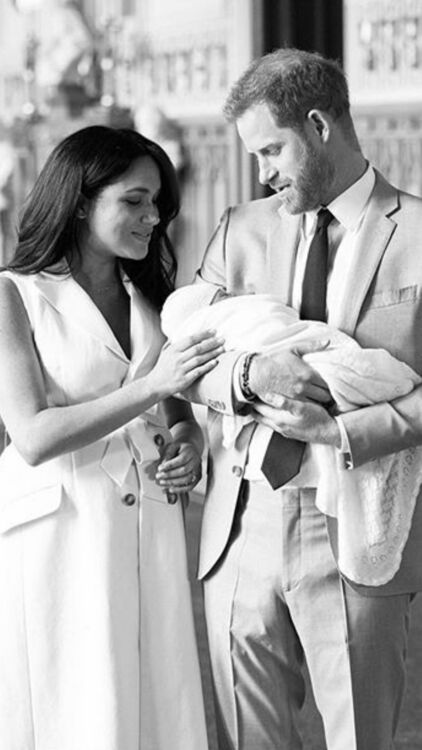 """Meghan Markle And Prince Harry Are In """"State of Sheer Delight"""" With Baby Archie"""