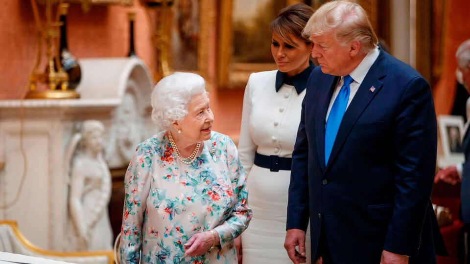 Did The Queen Just Majorly Shade Donald Trump With Her Choice Of Tiara?
