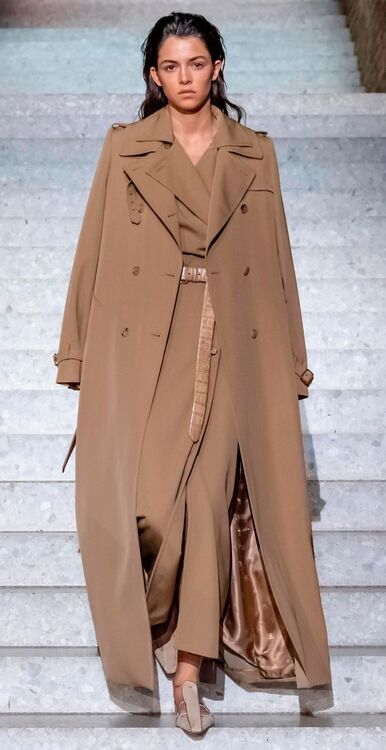 Max Mara's Resort 2019 Collection Pays Tribute To David Bowie and Marlene Dietrich