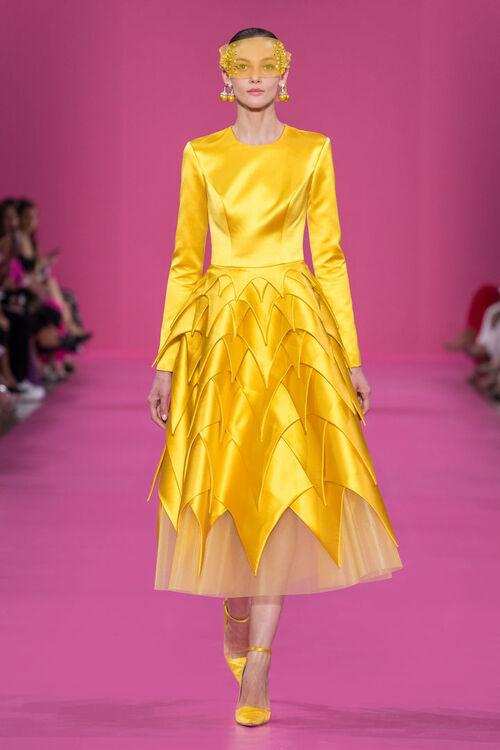 Araya Hargate Closes The Georges Hobeika Haute Couture Autumn/Winter 2019 Show