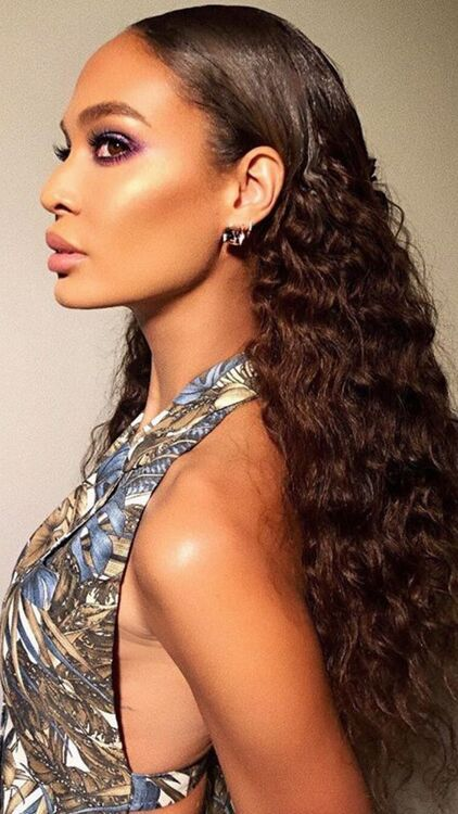 11 Easy Hairstyles To Combat The Arabian Humidity