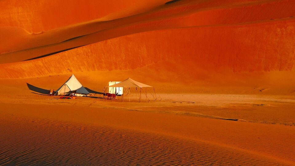 The Escape | You Can Now Camp In The Omani Desert In Five Star Luxury