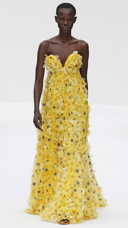 "NYFW: Every Stunning Look From Carolina Herrara's ""Super Bloom"" Collection"