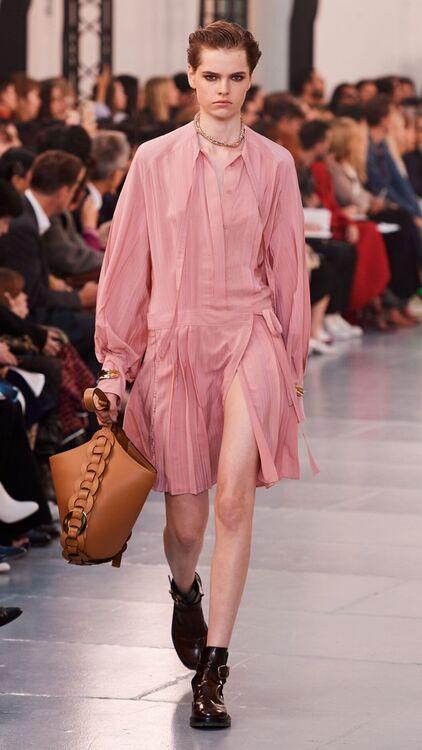 PFW: Chloé S/S20 Embraces A Fresh New Tailored Femininity