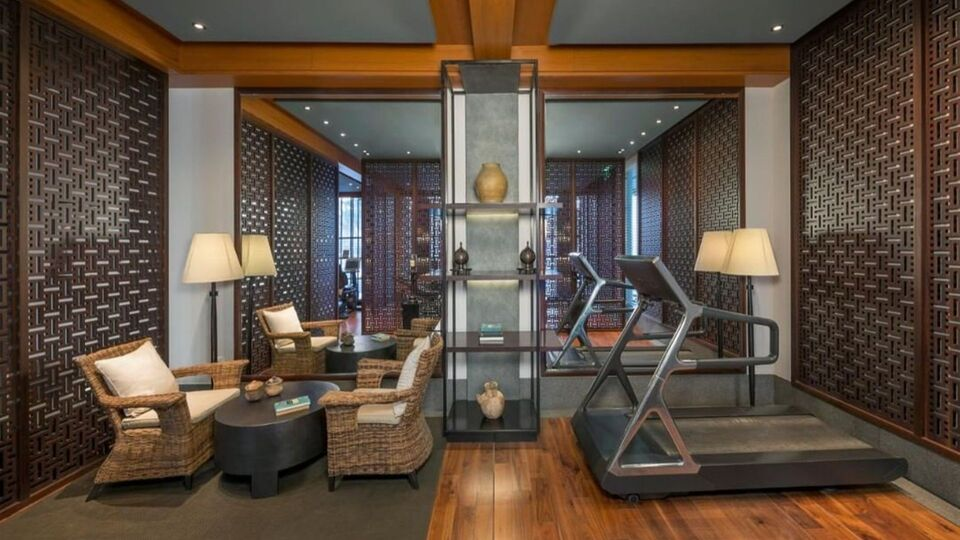 The Best Luxury Hotel Gyms In The Middle East For The Health End-Of-Summer Traveler