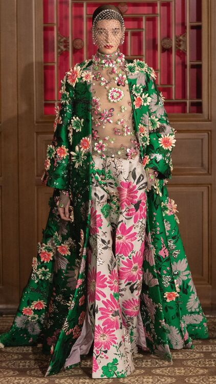 Every Single Look From Valentino's Haute Couture Show In Beijing