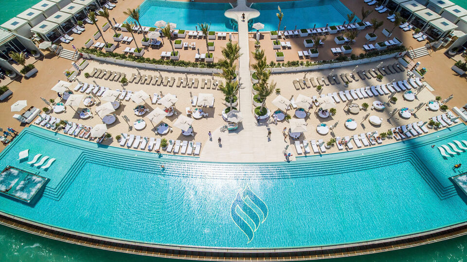 Is This The World's Most Luxurious Pool Day?