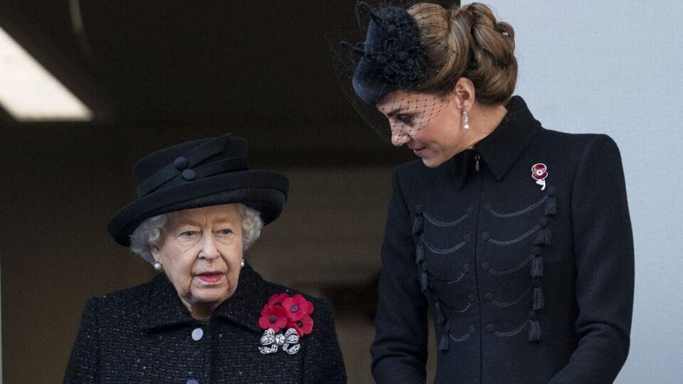 Kate Middleton Just Borrowed Queen Elizabeth's Jewellery