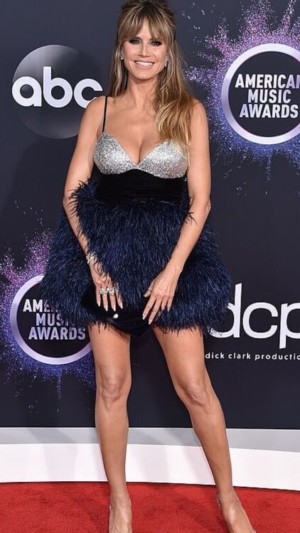 American Music Awards 2019: The Best Dressed Celebs
