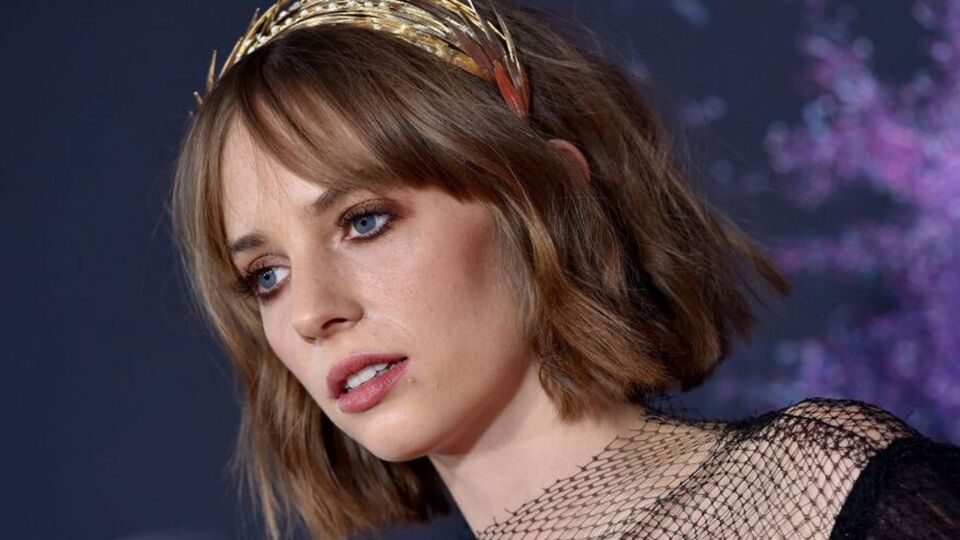 Style Lessons To Learn From Maya Hawke