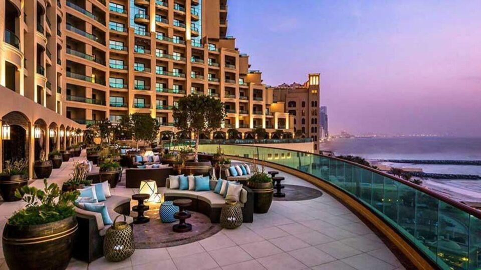 7 Regional Getaways To Try For UAE National Day Weekend