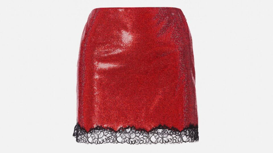 11 Stylish Pieces For A Red Haute Christmas