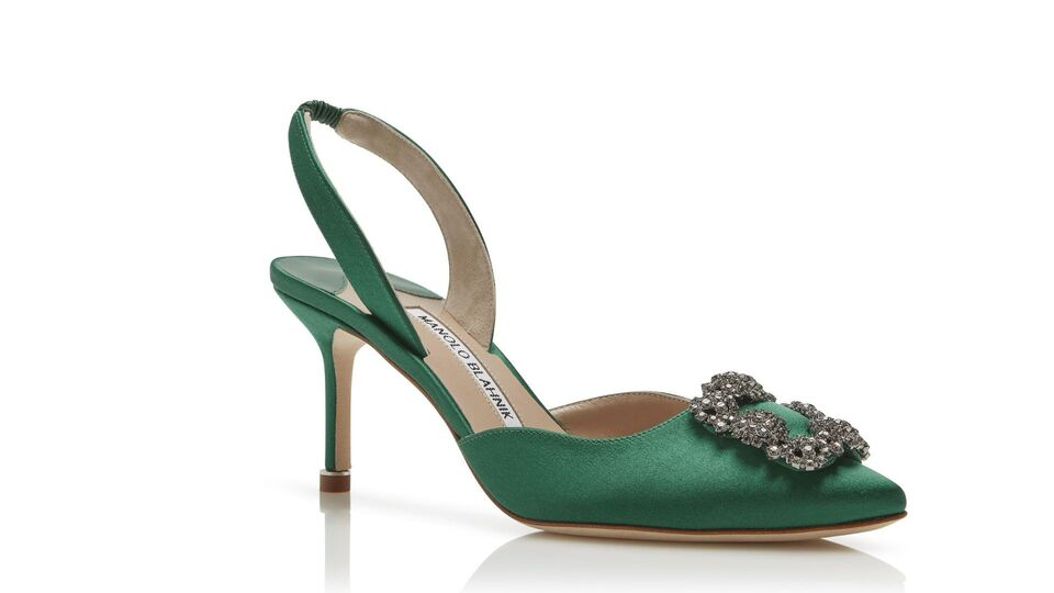 11 Ways To Add Festive Green To Your Outfit