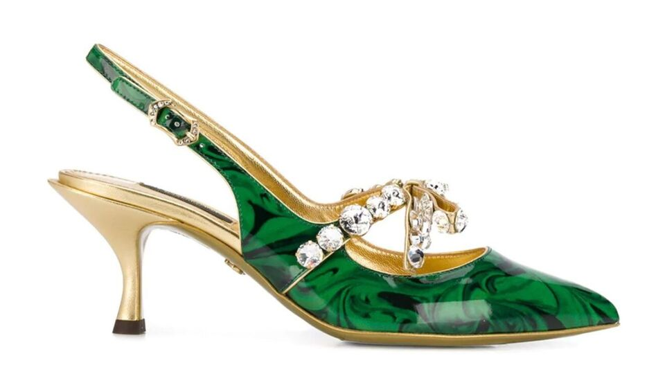 7 Gold And Emerald Pieces That Were Made To Be Worn At Christmas