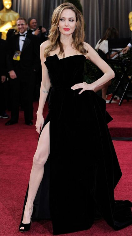 19 Of The Most Memorable Red Carpet Looks From The Past Decade