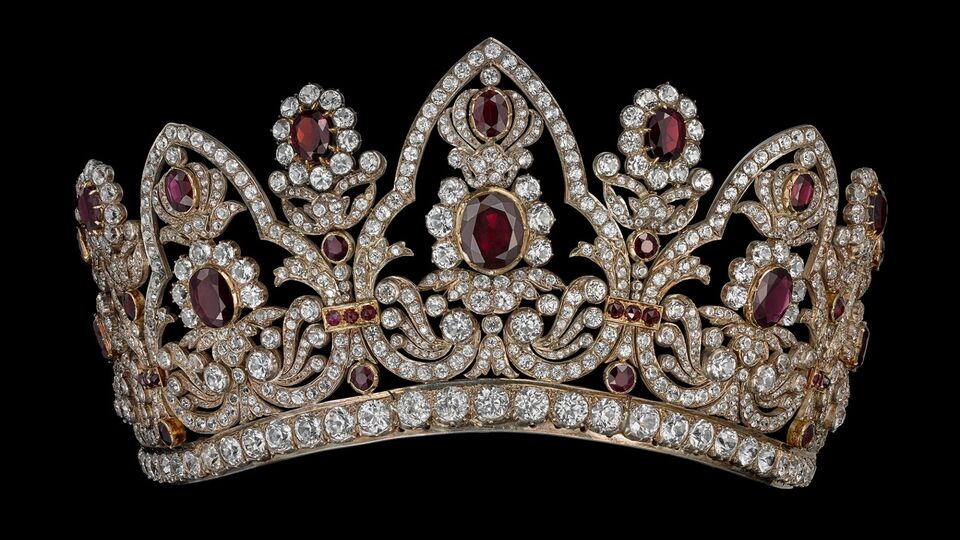 Chaumet In Majesty: A Journey Through The Crown's Jewels