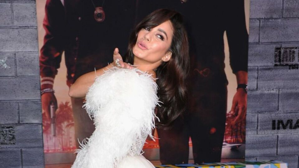 Vanessa Hudgens' Georges Hobeika Gown Shut Down The Red Carpet