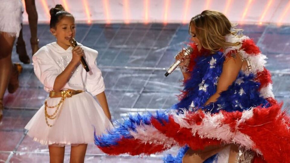 J.Lo's Daughter Surprised Everyone By Singing At The Super Bowl