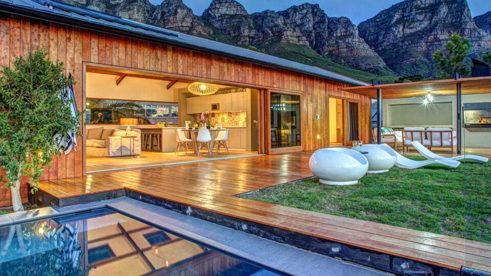 These Were Airbnb's Most Wishlisted Homes Of The Decade