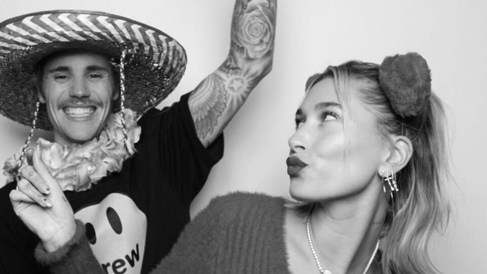 Watch | Hailey and Justin Bieber's Perfectly Choreographed Self-Isolation TikTok Video