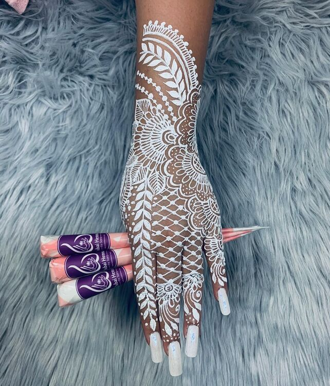 Introducing Dubai Henna: The UAE's First Online Organic Henna Shop