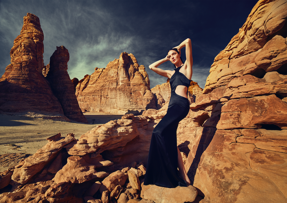 Watch | Here's Exactly What Happened When Kate Moss, Jourdan Dunn and Other Supermodels Shot Mônot's New Campaign In Saudi Arabia