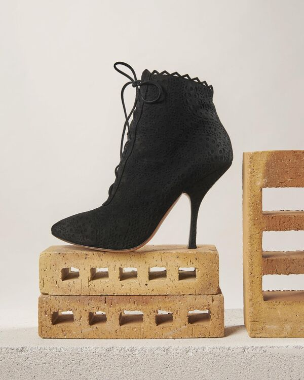 Classic Modernity: Why We're Absolutely Obsessed With Alaïa's Autumn 2020 Accessories Collection