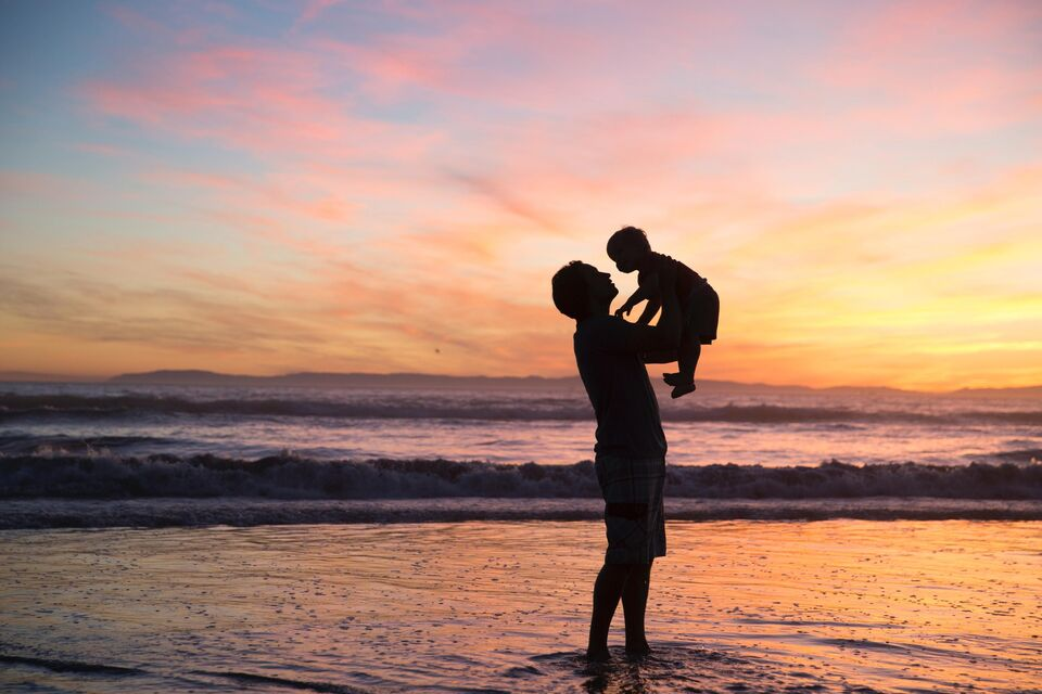 The UAE Will Be The First Arab Country With Paid Paternity Leave