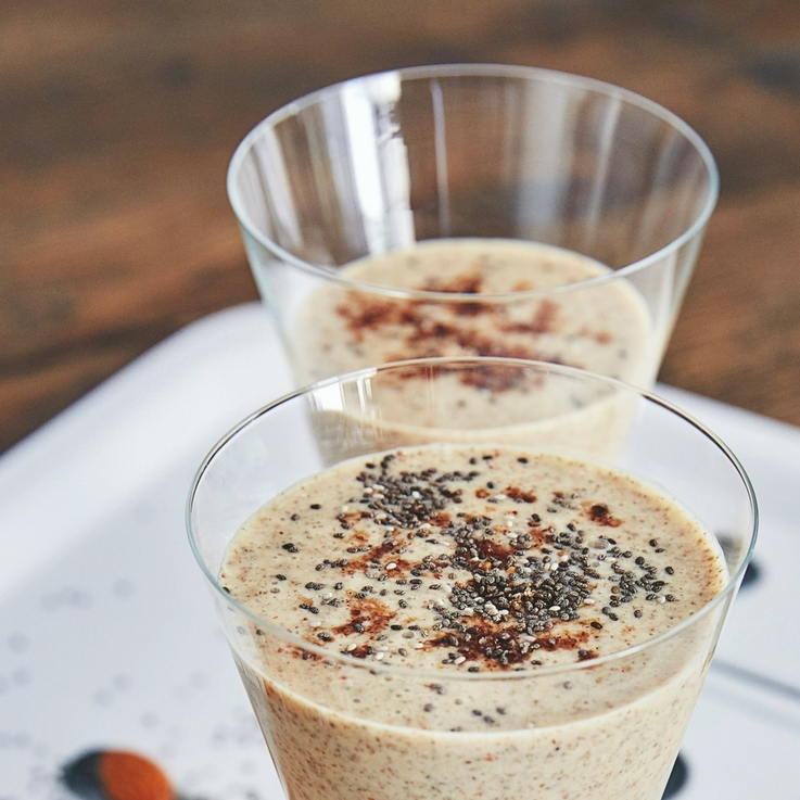 #DaliasKitchen |A Perfect Almond, Chia, Flaxseed & Date Smoothie