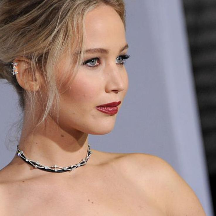 Jennier Lawrence Just Gave Us A Glimpse Of Her Wedding Ring