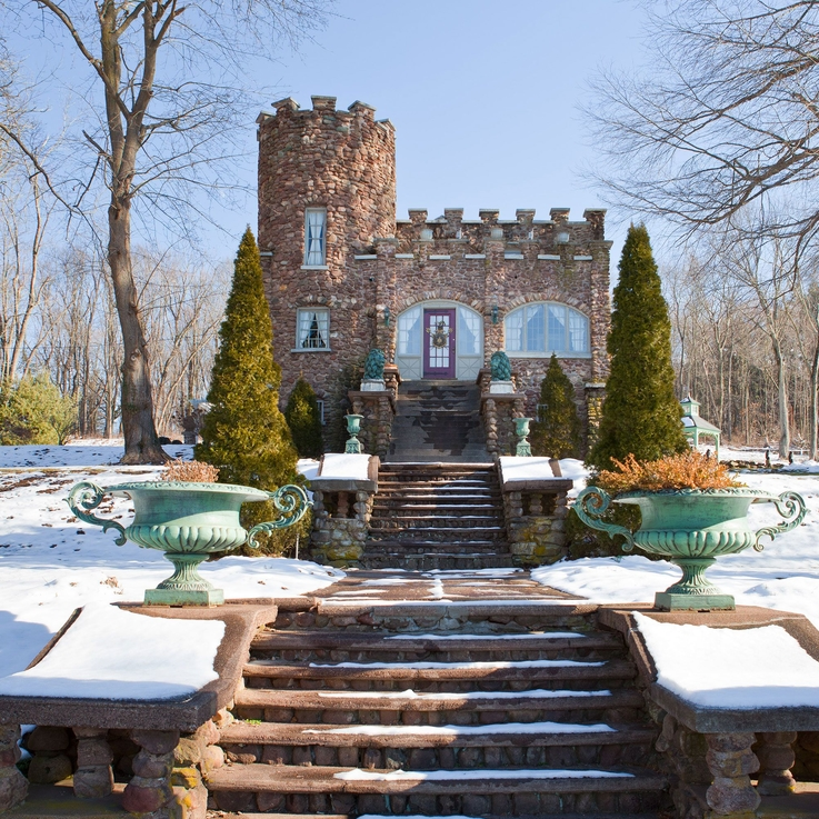 13 Castles You Can Actually Rent On Airbnb
