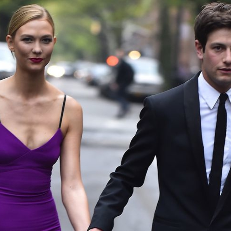 Karlie Kloss Reveals Her Stunning Engagement Ring On Instagram