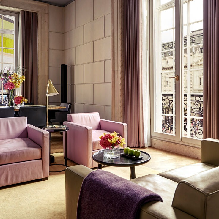 Hotel Café Royal In London Is A Freelancer's Dream