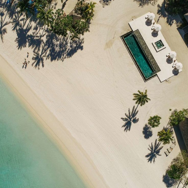 Exclusive: Airbnb Just Launched 'Airbnb Luxe' For VIP Travellers