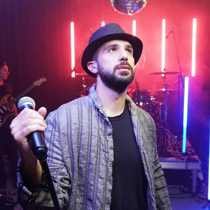 Interview: Jordanian Pop Singer Jaafar Al-Saleh On Modernising Arab Music