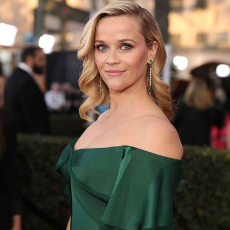 "Reese Witherspoon Says She Was ""Too Nervous"" To Return To 'Friends'"