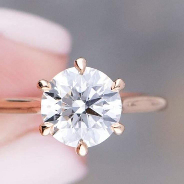 The 7 Best Tips For Buying An Engagement Ring