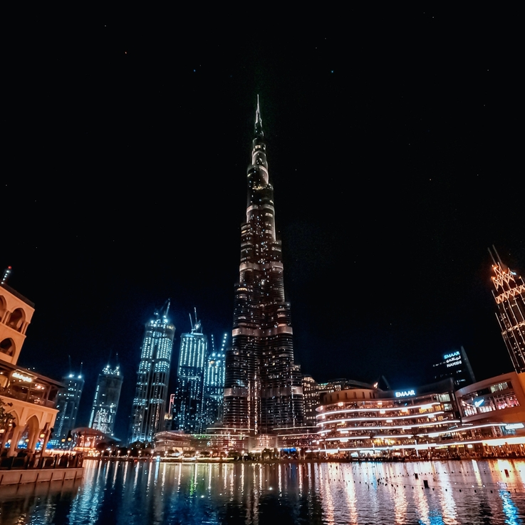 UAE Launches Bonus Scheme For COVID-19 Frontline Workers