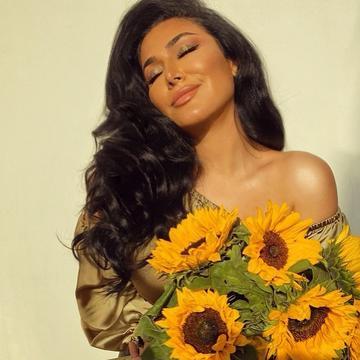 Huda Kattan Is No Longer CEO Of Huda Beauty. Here's Why...