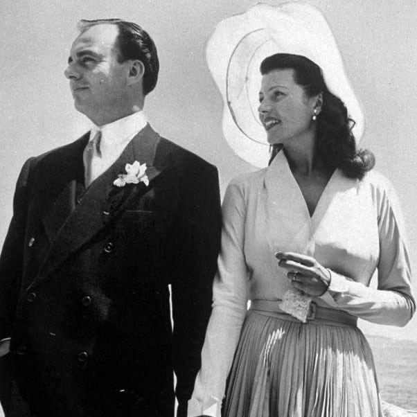 15 Fabulous Vintage Wedding Photos