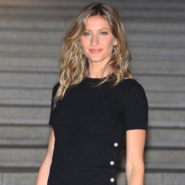 Gisele Bündchen's Dhs2,571 Book Sells Out In One Day