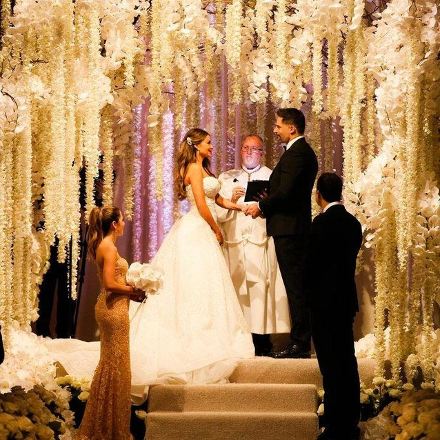Sofia Vergara Marries Joe Manganiello Wearing Zuhair Murad