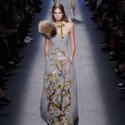 Ready-To-Wear A/W16: Alberta Ferretti