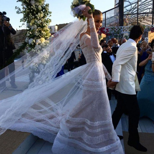 Victoria's Secret Angel Ana Beatriz Barros Marries In Valentino