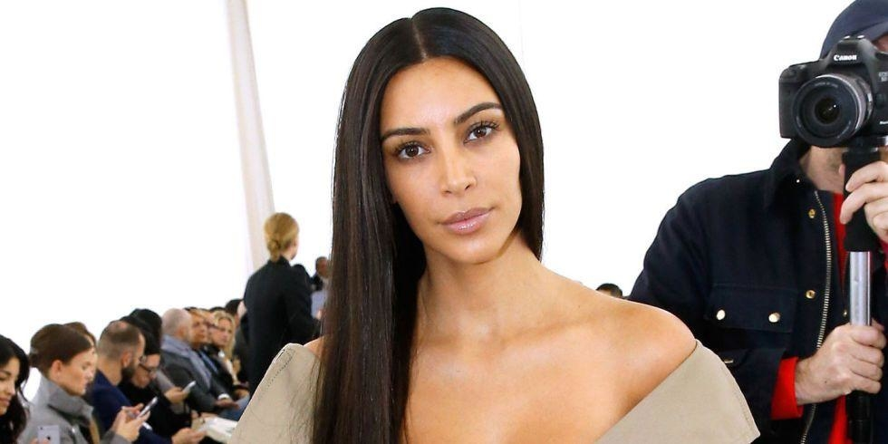Kim Kardashian Goes Make-Up Free At Balenciaga