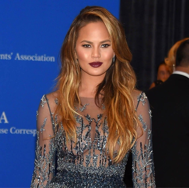 Chrissy Teigen Reveals Struggle With Postnatal Depression