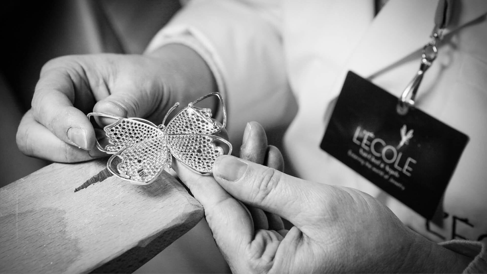 D3 Jewels: Van Cleef & Arpels Announces Arrival Of L'ECOLE In The Middle East