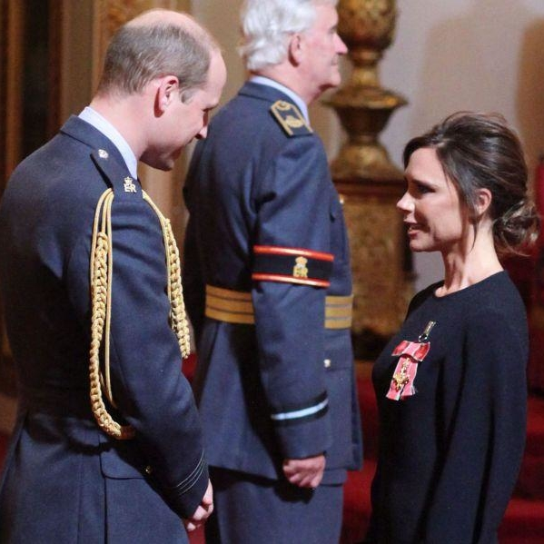 Victoria Beckham Receives Her OBE From The Duke Of Cambridge