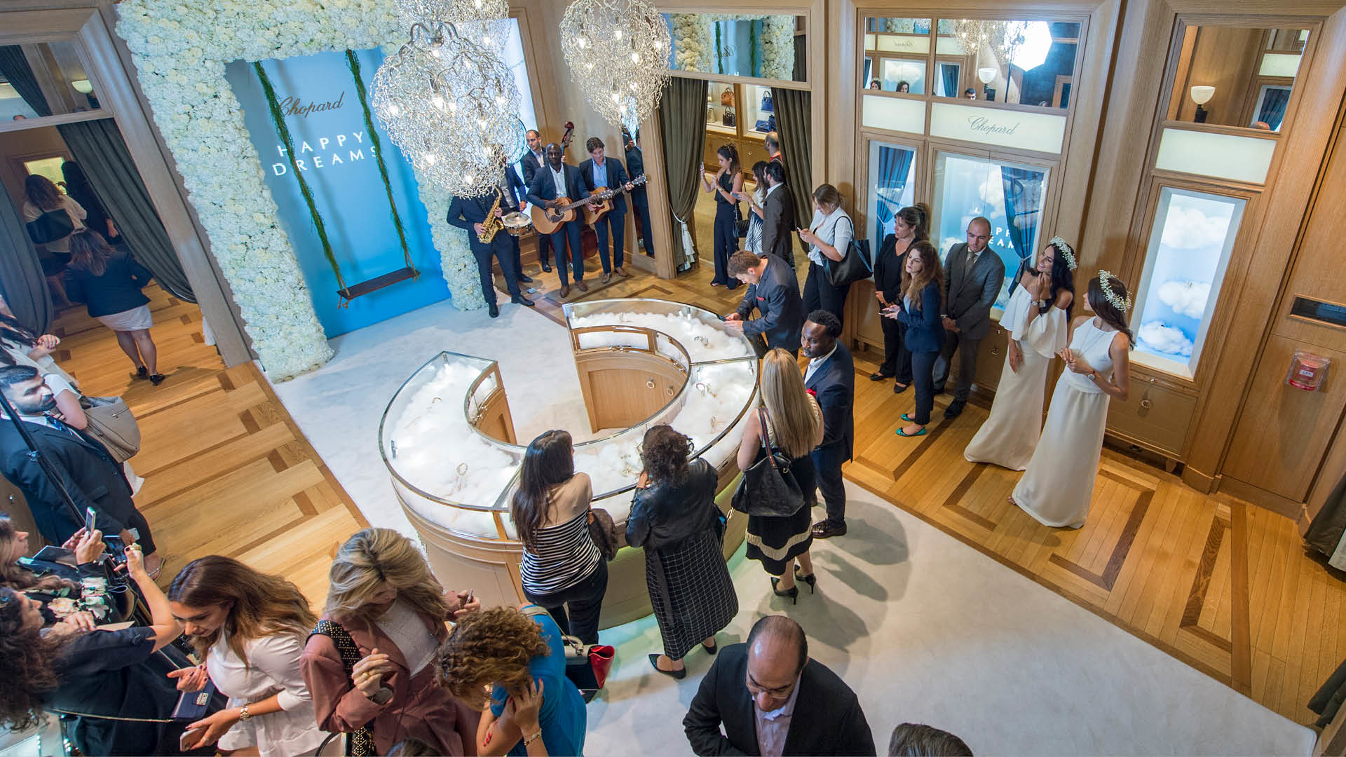 Chopard Hosts Celestial Happy Dreams Event In Dubai