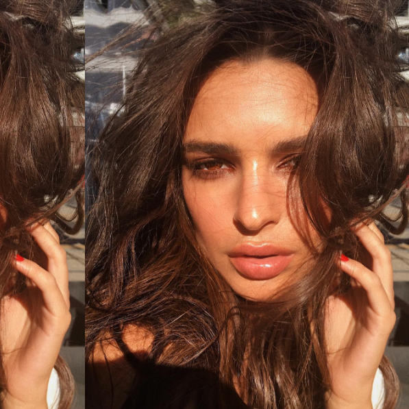 Here's How To Get Emily Ratajkowski's Mega Sunkissed Beauty Look